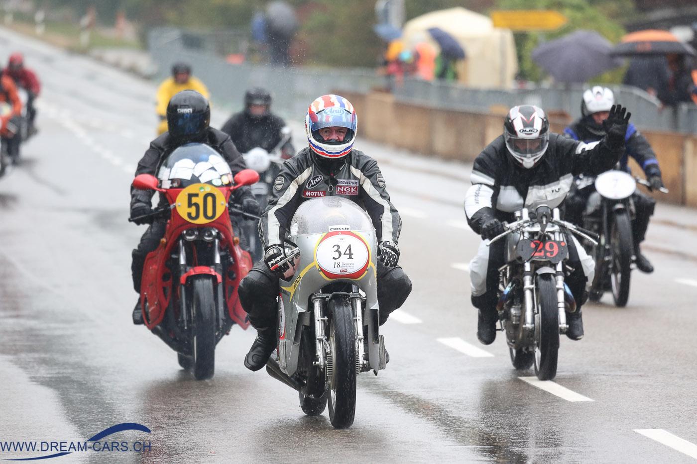 18. Jochpass Memorial Bad Hindelang 2016. Für die rund 60 Motorradfahrer waren die Strassenverhältnisse besonders schwierig