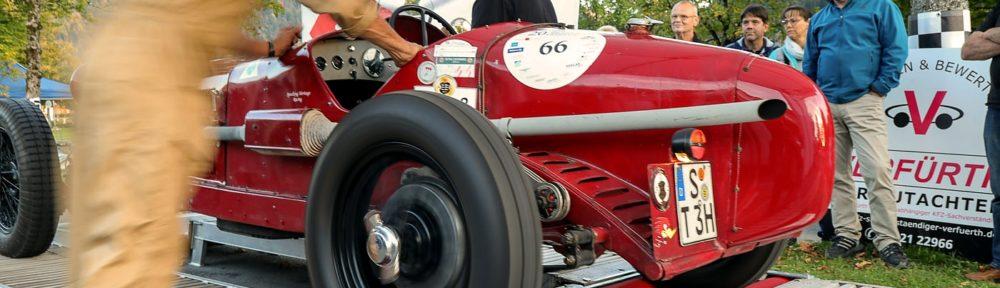 Jochpass Memorial Bad Hindelang 2018, 05. bis 07. Oktober. Startnummer 66, der Alfa Romeo 6C von 1929 bei der Wagenabnahme