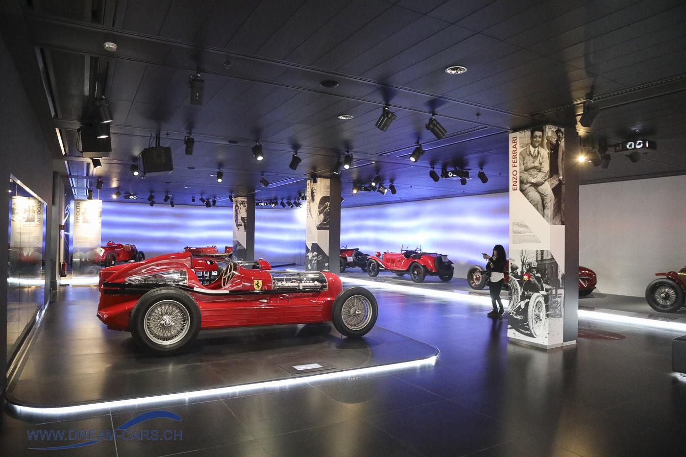 Museo Storico Alfa Romeo in Arese, Besuch vom 25.11.2018. Der Bereich mit den Rennwagen aus der Zeit vor dem Zweiten Weltkrieg
