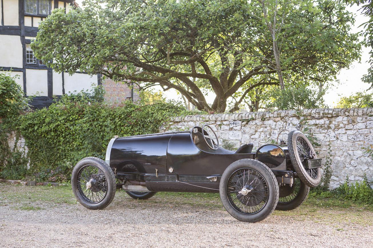 Bugatti Type 29/30, 1922, #4008. Bildquelle Bonhams. Deutlich sieht man hier den ovalen Tank