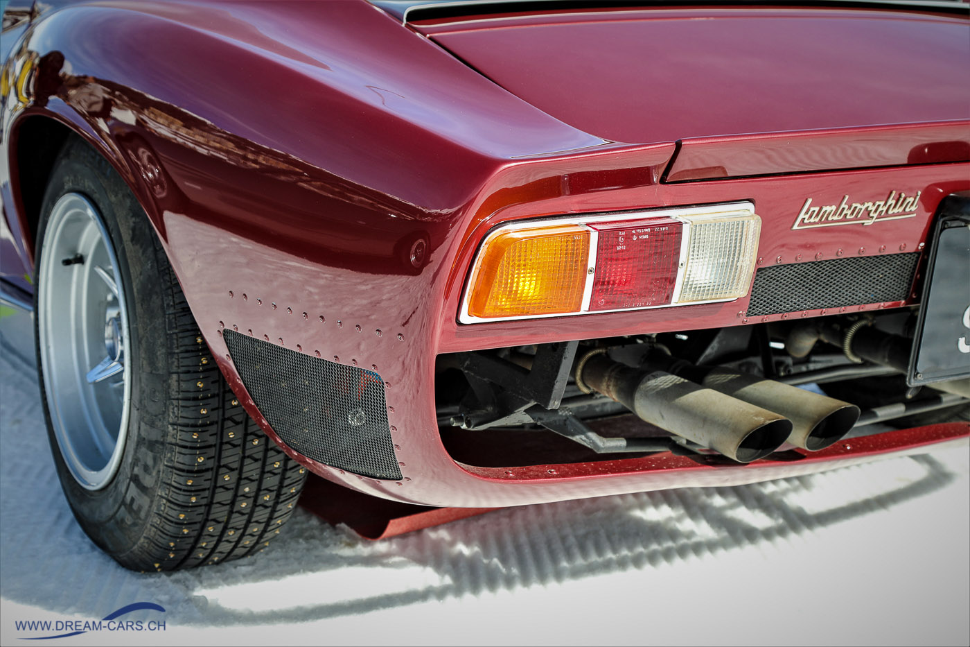 The Ice, Lamborghini Miura mit Spikesreifen