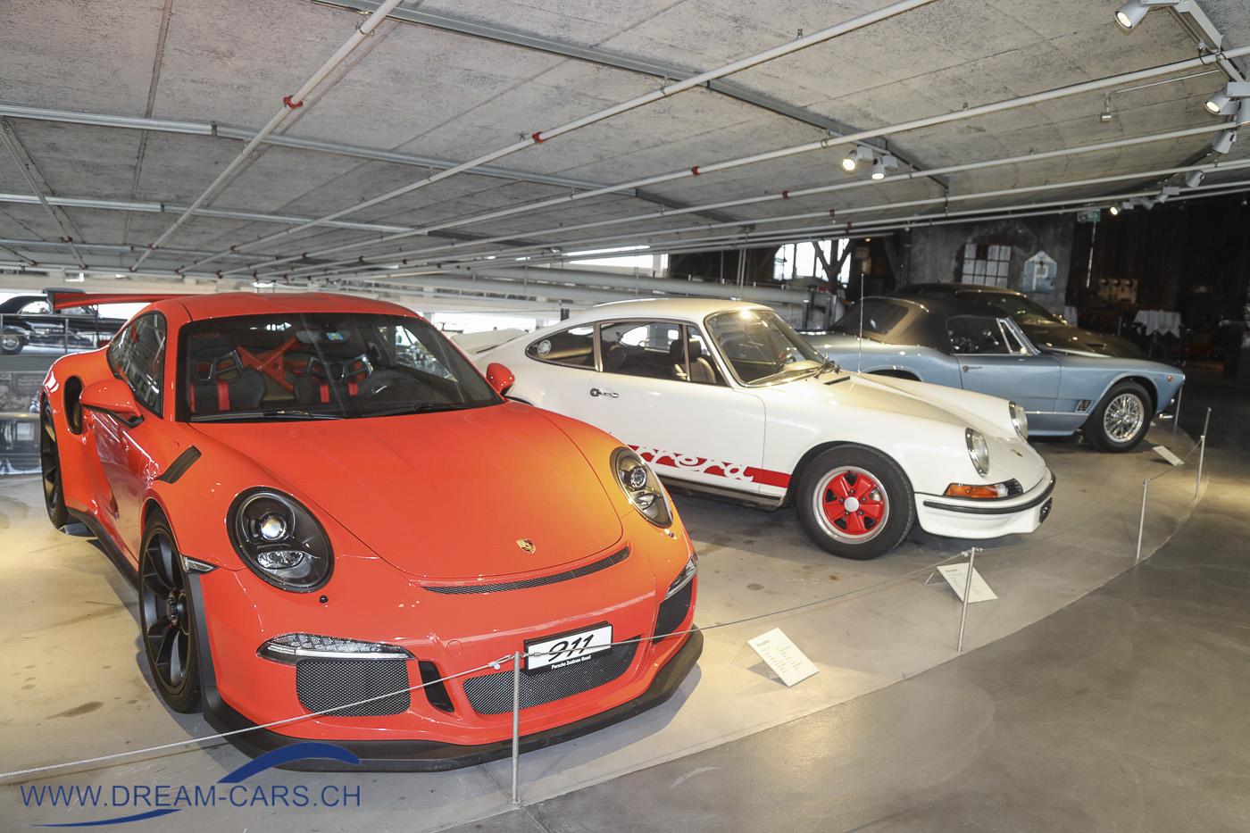Porsche 911 GT3 RS neben einem 73er Carrera 2.7. Pantheon Basel Muttenz, Sonderschau Ikonen + Boliden 2019