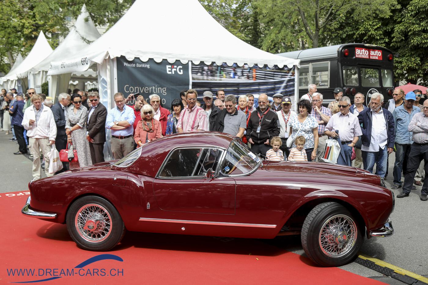 ZCCA, Zurich Classic Car Award auf dem Bürkliplatz in Zürich, 21. August 2019. Sieger in der Kategorie Postwar 40/50er Jahre und Best of Show, der hinreissend schöne Lancia Aurelia B24 Spider America, hier mit einem Hardtop. Ein verdienter Sieger