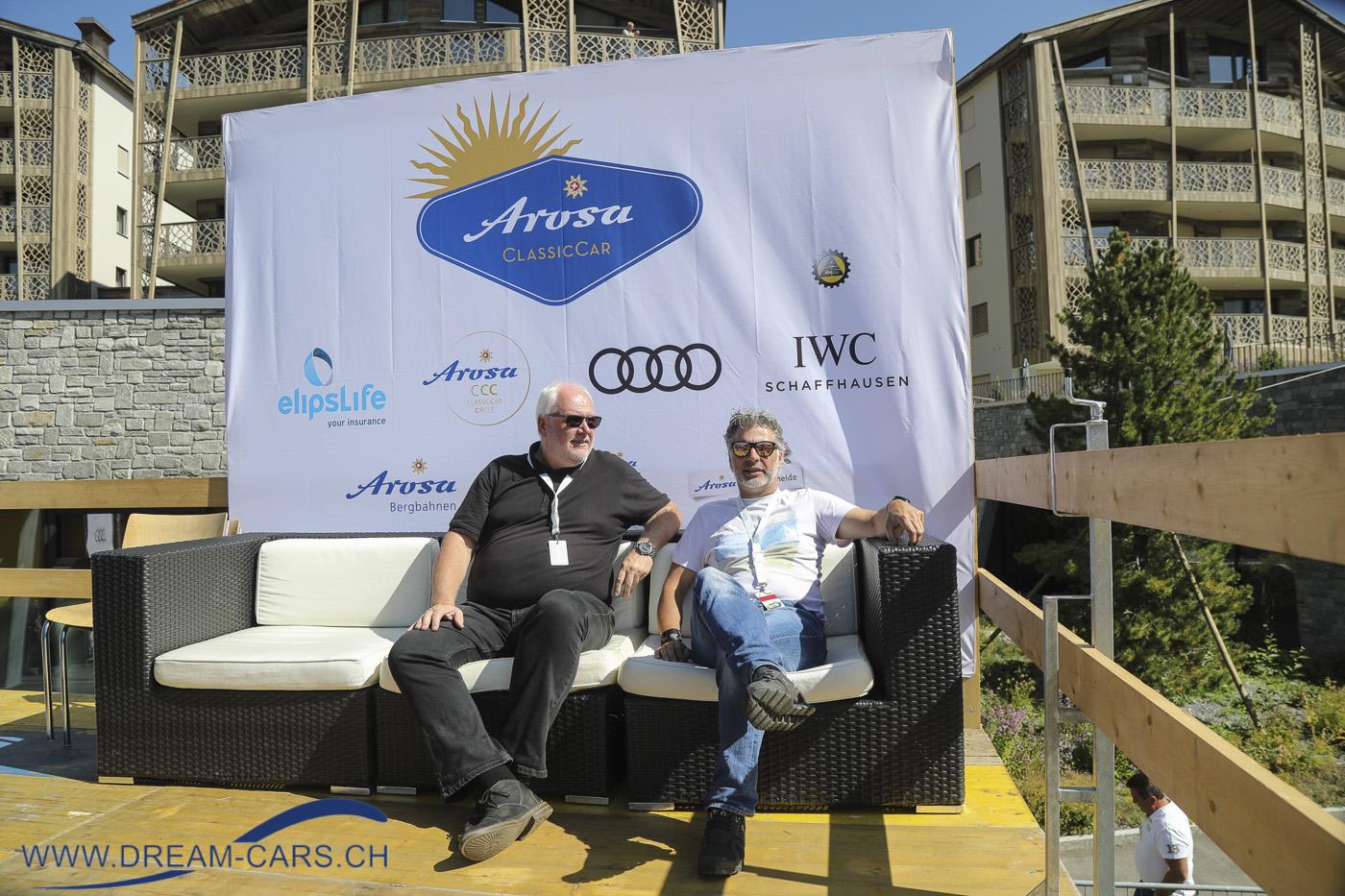 Arosa ClassicCar 2019. Die beiden Speaker Detlef Krehl (links) und Gieri Maissen