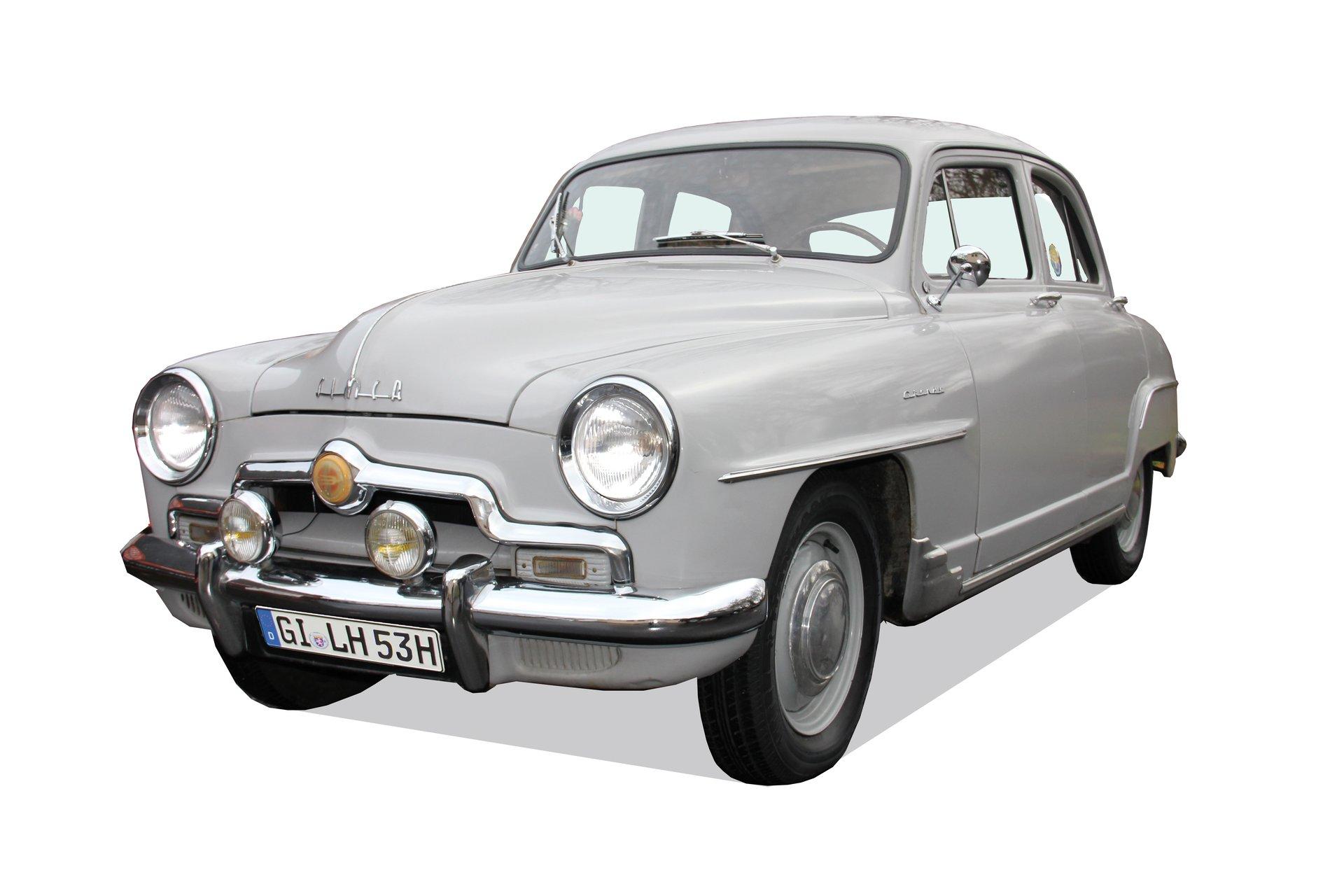 Die Aronde von Simca, ein origineller Klassiker, den man selbst in Frankreich nicht mehr alle Tage sieht.