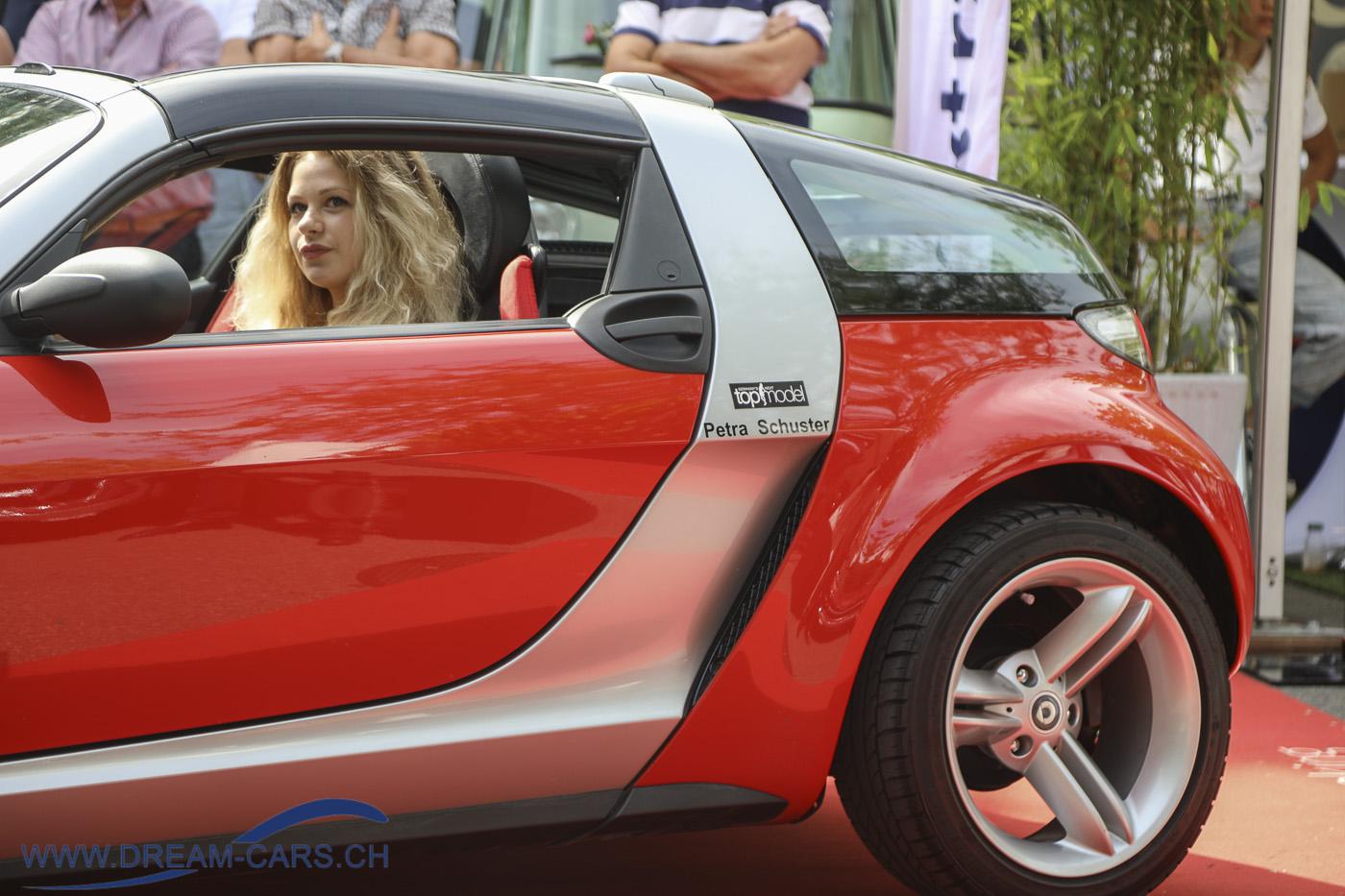 ZCCA - Zurich Classic Car Award, Bürkliplatz Zürich, 19. August 2020. Der Smart Brabus Roadster mit Petra Schuster am Lenkrad
