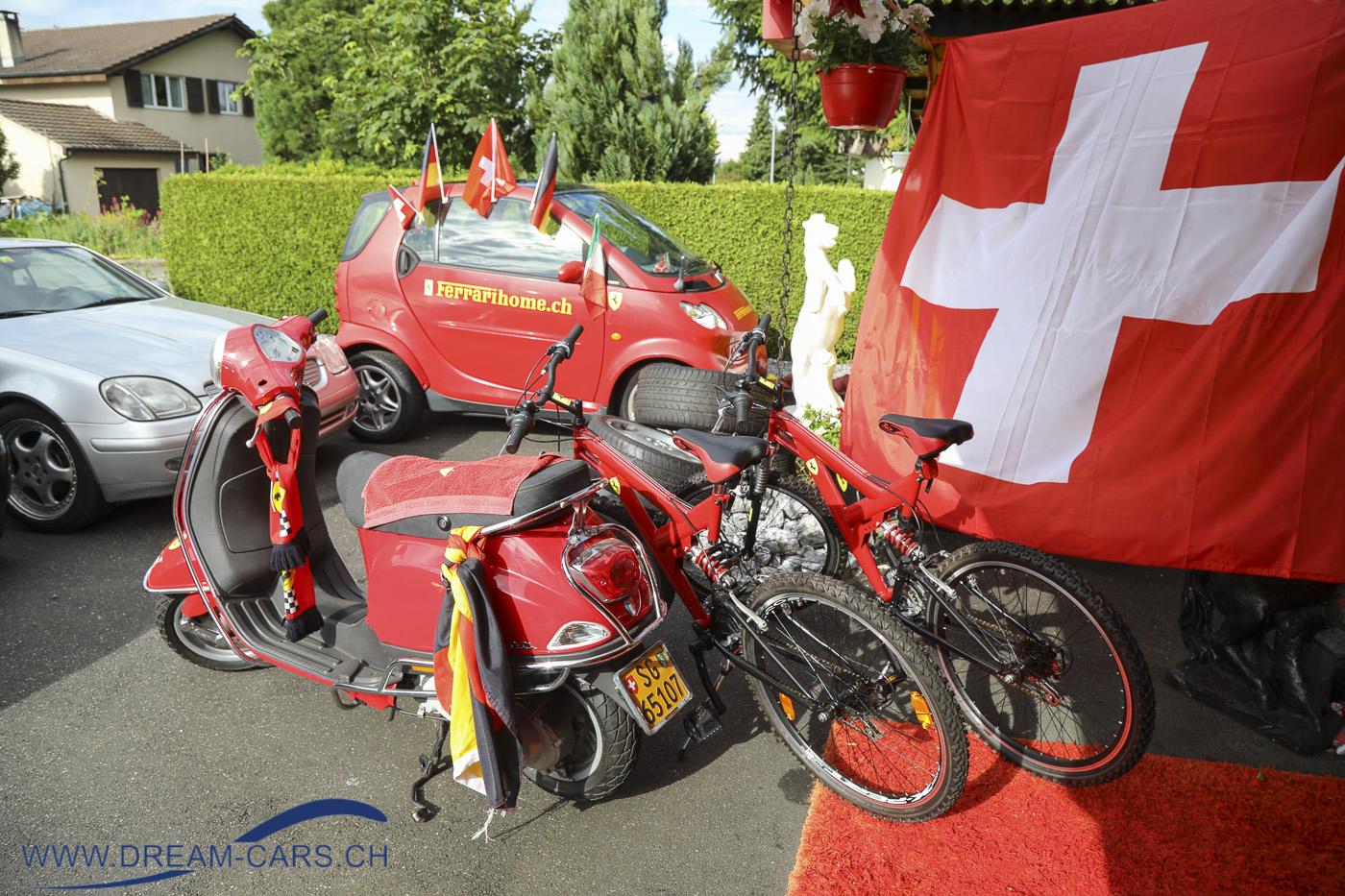 Joe's Ferrarihome Oberbüren, Besuch vom 22.06.2021. Selbst Fahrräder gibt es in der gigantischen Sammlung von Josef Kaiser