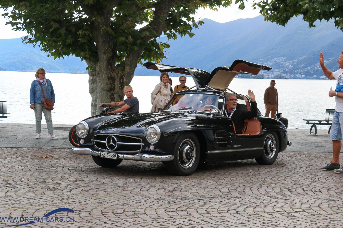 ACCA Ascona Classic Car Award 2016. Der glückliche Sieger des Publikumspreises im Mercedes 300 SL