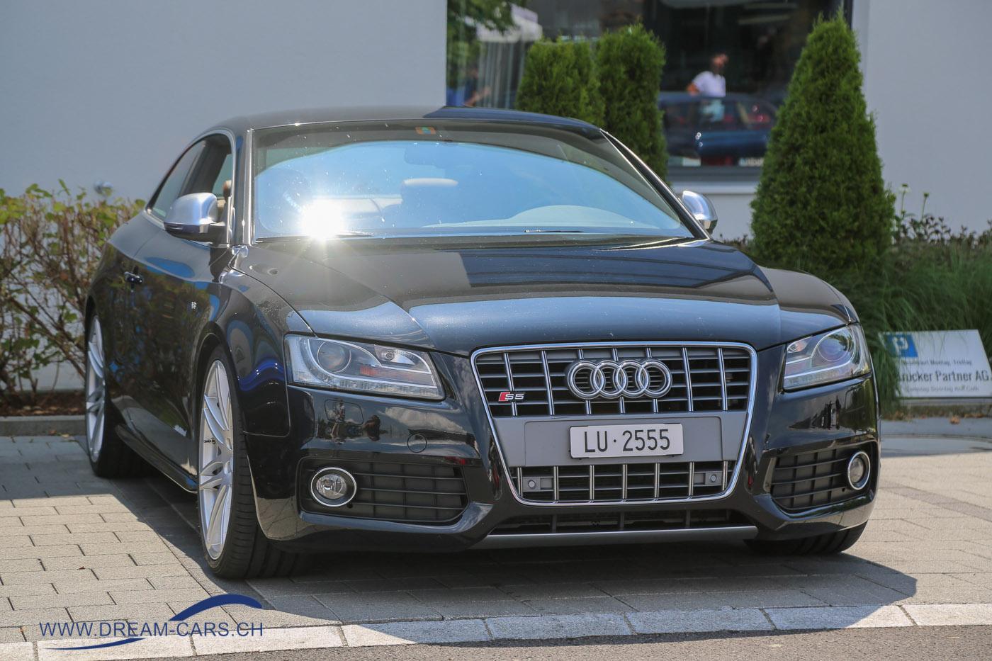 ACE CAFE Luzern, Sportwagentreffen, 14.07.2018. Ein sportlicher Audi S5, aber trotzdem meilenweit entfernt von einem Sportwagen