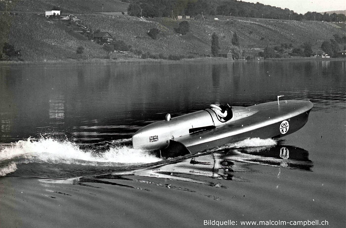 Hallwilersee 17. September 1938 Start der Rekordfahrt in Richtung Süden. Im Hintergrund das Rügelbad von Seengen. (Bildquelle: www.malcolm-campbell.ch)