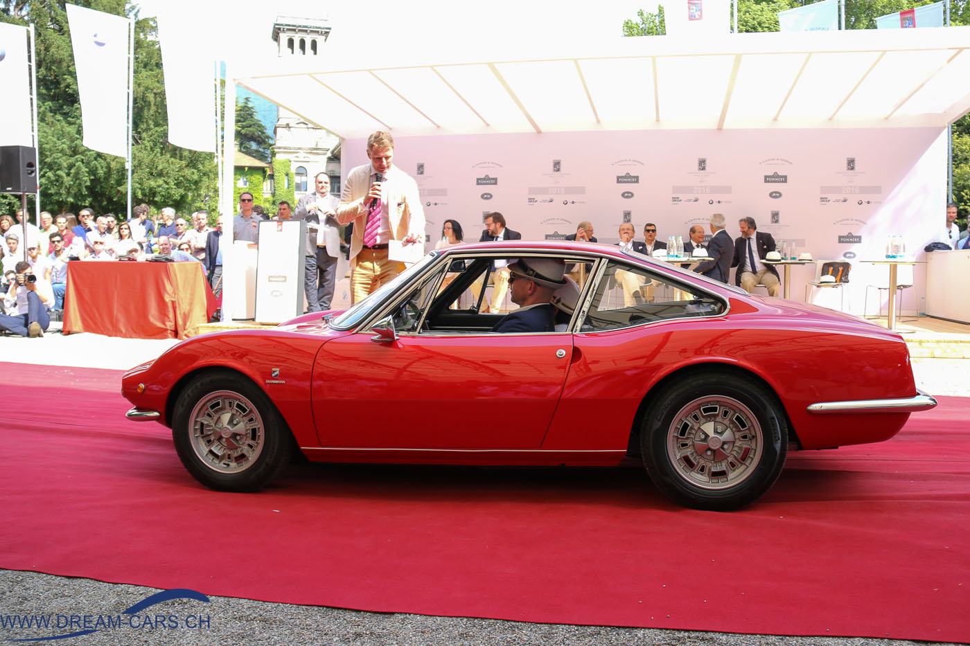 Concorso d'Eleganza Villa d'Este in der Villa Erba, 22.05.2016. Patrick Bischoff mit seinem Fiat Moretti 850