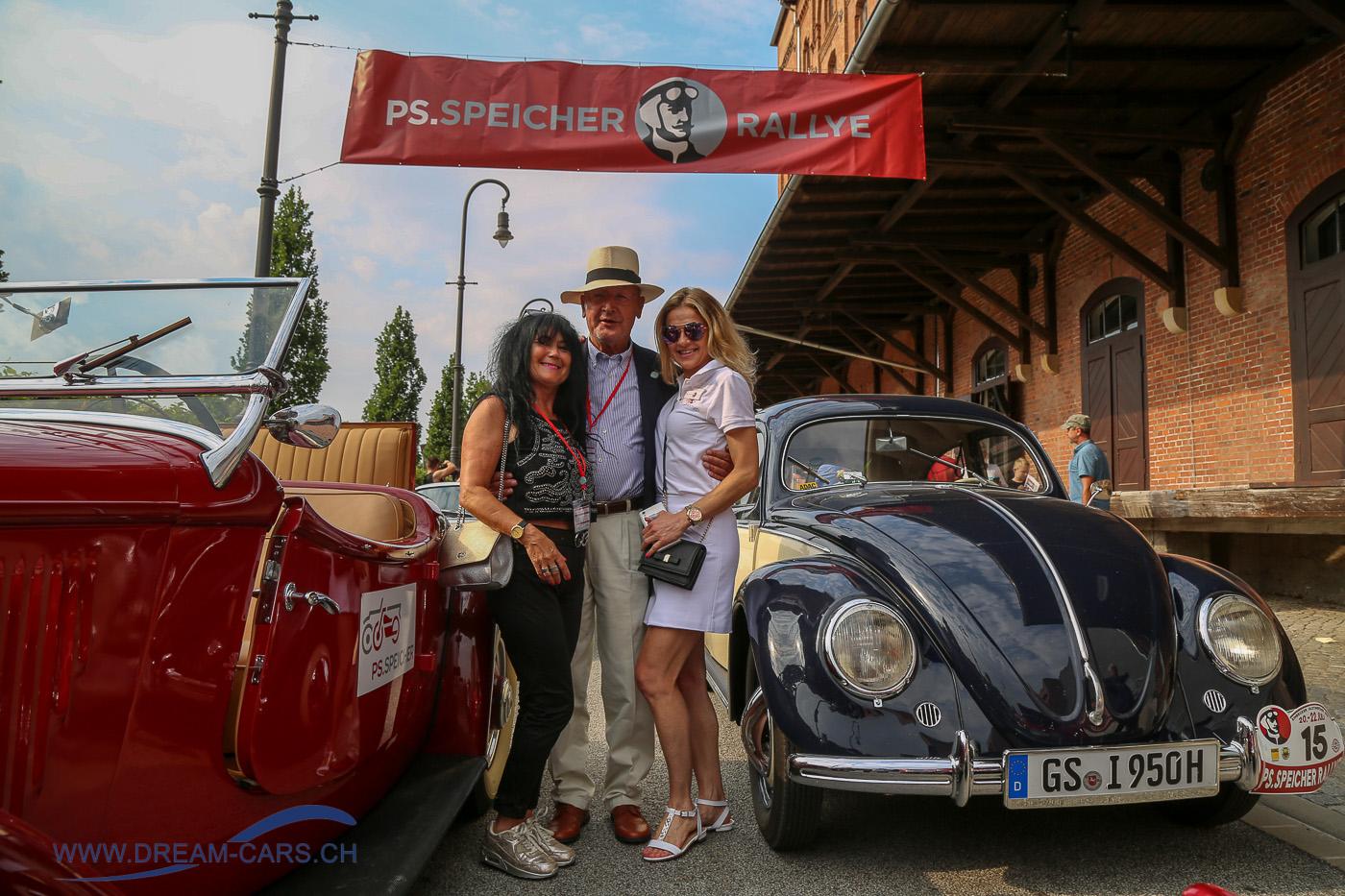Einbecker Oldtimertage im PS.SPEICHER, 20. - 22. Juli 2018. Start zum Corso am Sonntag. Ela Lehmann, Harro Adt und Monika Marchlewska