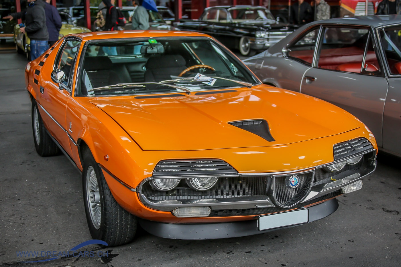 Alfa Romeo Montreal orange