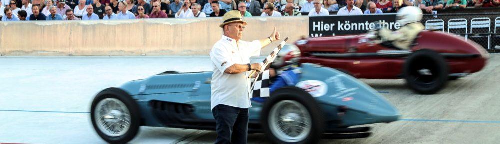 Indianapolis in Oerlikon, 24. Juli 2018. Karl Marty hatte wie immer den Überblick und gibt das Zeichen für die letzte Runde
