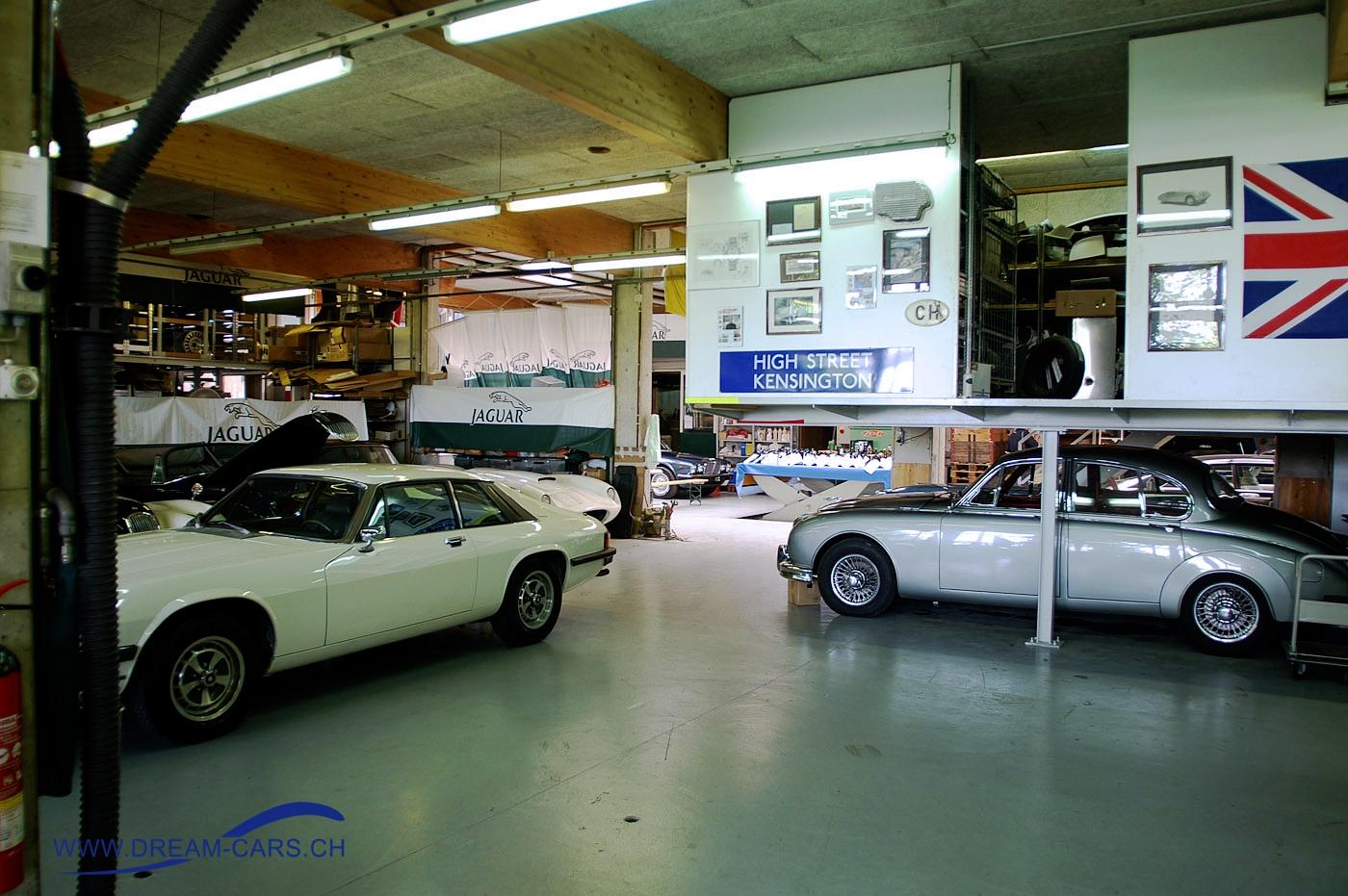 Die Räumlichkeiten in der Old Mill der DÖNNI CLASSIC CAR AG im luzernischen Roggliswil