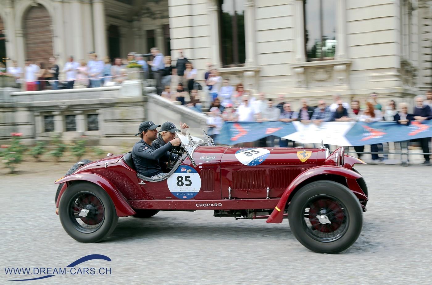 Mille Miglia 2018, Villa Mazzotti, Chiari. Das Siegerteam Juan Tonconogy / Barbara Ruffini aus Argentinien, auf Alfa Romeo 6C 1500 GS 'Testa Fissa' von 1933.
