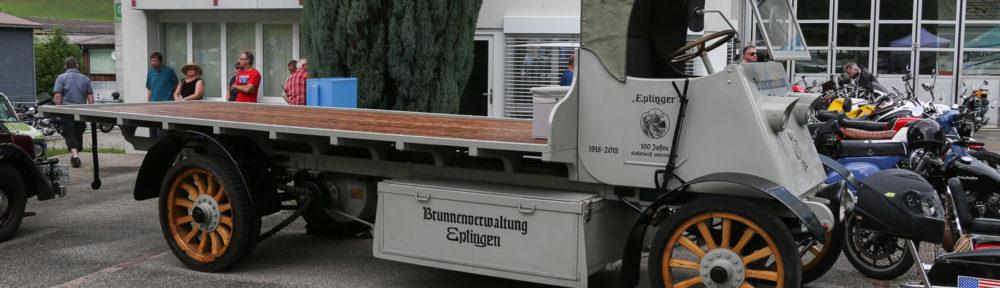 Oldtimer Treffen Eptingen, 10. Juni 2018. Der Elektro-LKW Tribelhorn der Mineralquellen Eptingen