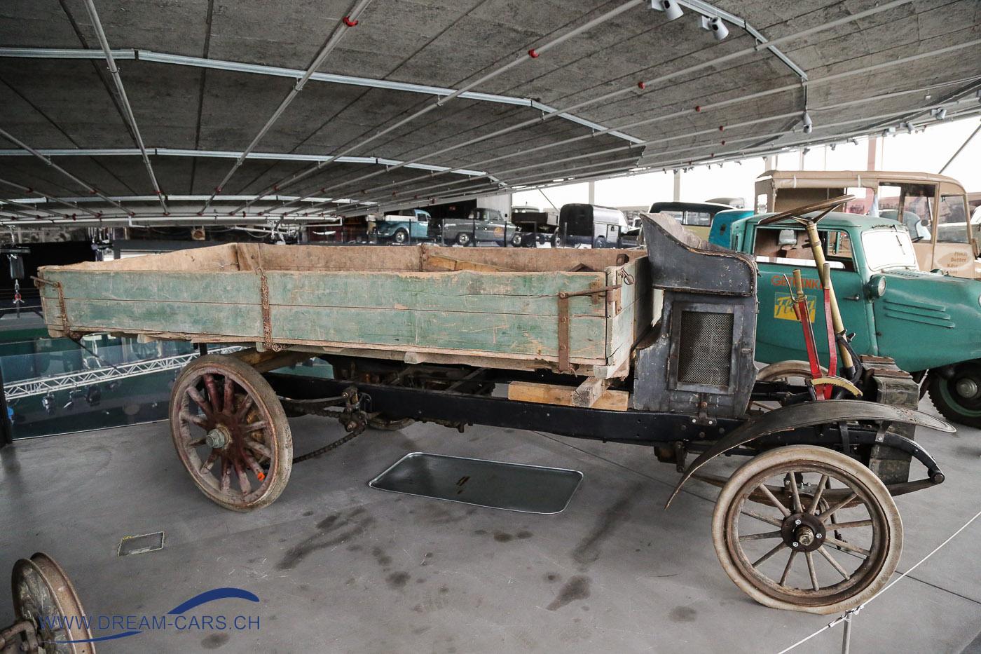 Vom Handkarren zum Lieferwagen - Sonderausstellung im Pantheon Basel, Muttenz 2017. Der zurzeit einzig bekannte Arbenz Lastwagen, der früher in einem schwedischen Museum stand.