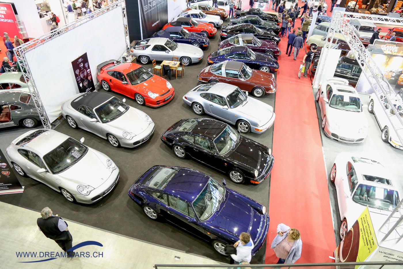 RETRO CLASSICS Stuttgart 2017. Ein riesiges Angebot an Porsche in allen Modellvariationen