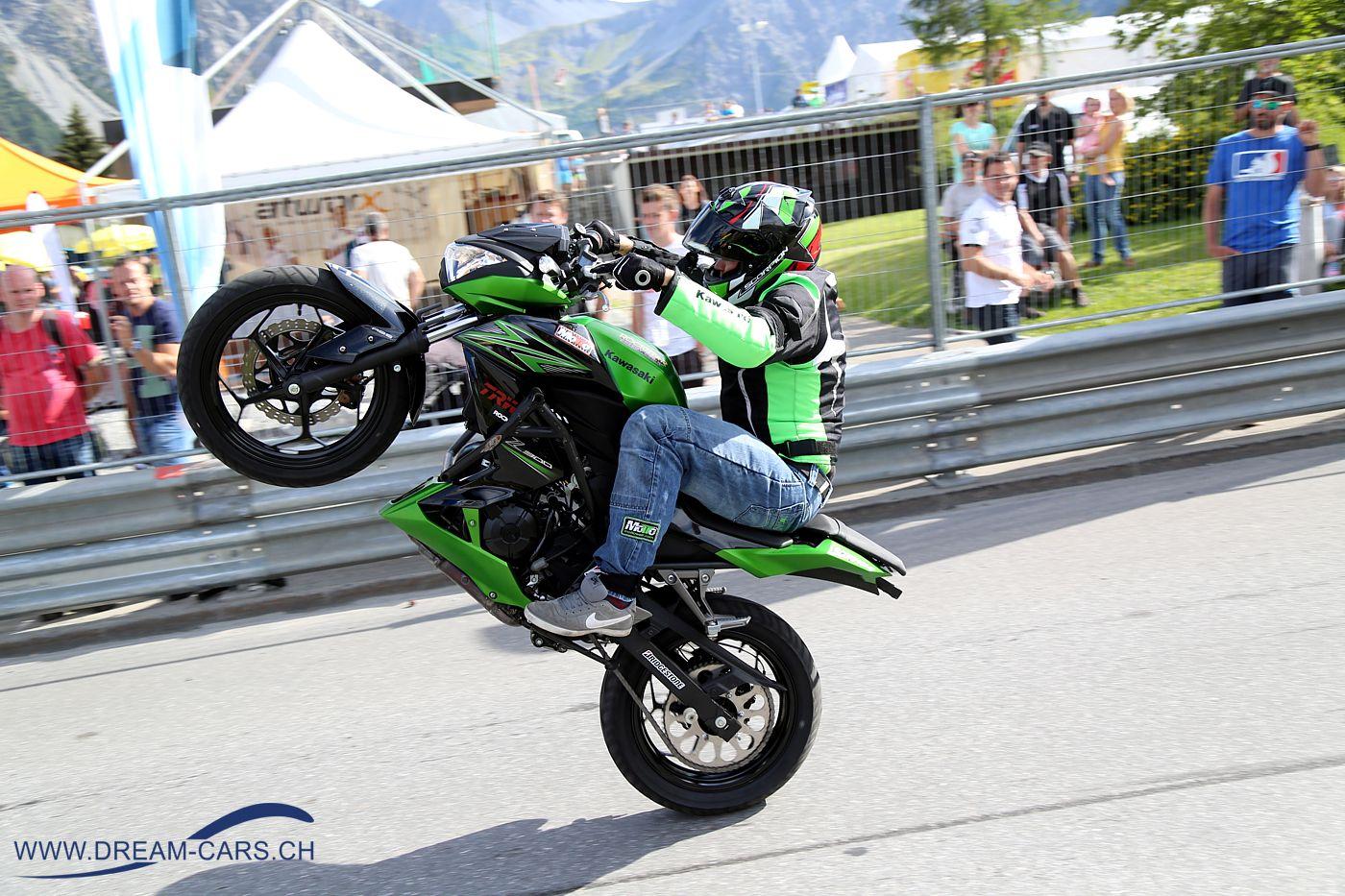 Stuntdriver Chris Rid an der Arosa ClassicCar 2016